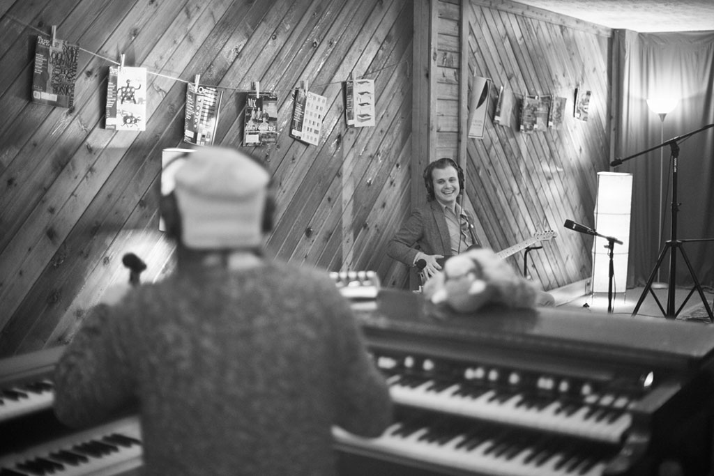 Musician plays Vintage Keyboard at Top Nashville Recording Studio