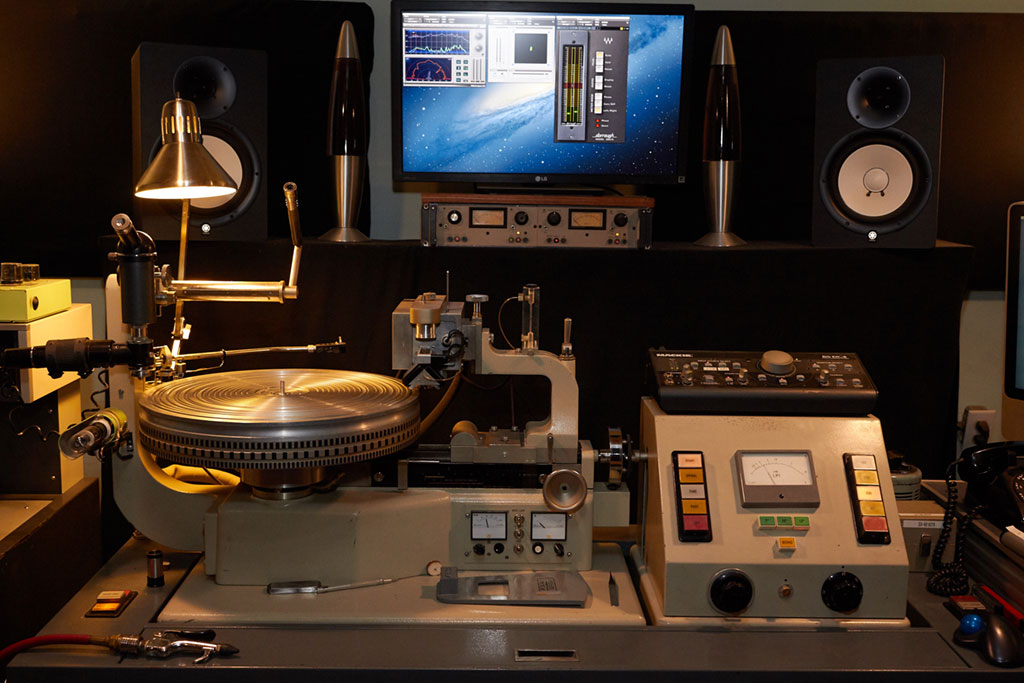 Vintage Mastering and Vinyl Recording Equipment
